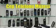 Bu da cep telefonu müzesi