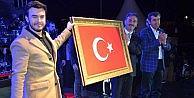 Gemlik'te Mustafa Ceceli rüzgârı