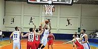 Nilüferli basketçiler son saniyede kazandı
