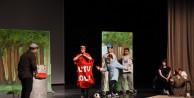 Çocuklar çevre bilincini tiyatroda eğlenerek öğrendi