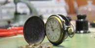 (Özel Haber) Unutulmaya yüz tutmuş mekanik saatlere talep artıyor