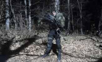 """""""Bordo Bereliler 2 Afrin""""in çekimlerinde yüzde yüz yerli üretim silahlar kullanılıyor"""