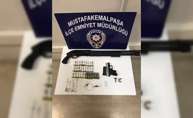 M.K.Paşa polisinden uyuşturucu baskını