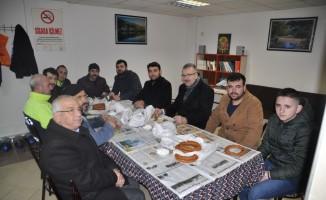 Özkan, Türkiye Gençlik Vakfı üyeleriyle buluştu
