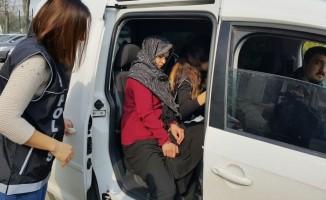 Bursa polisi 8 kilo uyuşturucu ele geçirdi