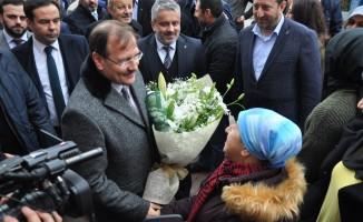 """Çavuşoğlu: """"AK Parti sendelerse Türkiye sendeler"""""""