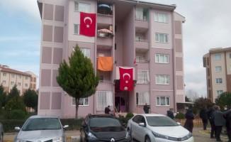 Düşen uçakta şehit olan yüzbaşının acı haberi, Bursa'daki ailesine ulaştı