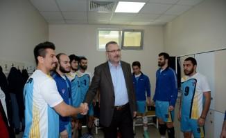 Karacabey Belediyespor voleybolda 2. Lig'e yükseldi