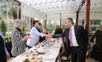 Başkan Aktaş, kadın muhtarlarla buluştu