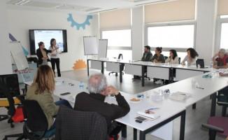"""Nilüfer İnovasyon Merkezi'nde """"kolaylaştırıcılık eğitimi"""""""