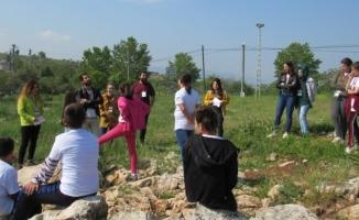 Gölyazılı çocuklar arkeolojik kazı yaptı