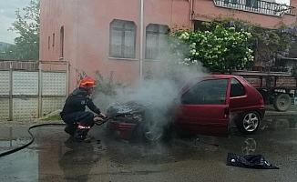 İznik'te LPG'li araç yandı
