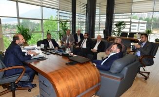 Başkan Edebali iş insanlarına projelerini anlattı