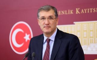 """CHP Milletvekili Ceyhun İrgil: """"Öğrenci affına rektörler ayak diretmesin"""""""
