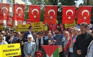 MHP Milletvekili Aday Adayı Taşcı vatandaşlara Cumhur ittifakını anlatıyor