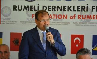 """Başbakan Yardımcısı Hakan Çavuşoğlu: """"Özgürlük özgürlük demekle özgürlük olmaz"""""""