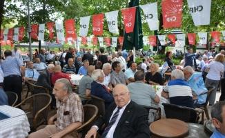CHP Bursa teşkilatı bayramda bir araya geldi