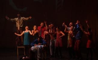 'Güldestan' Bursalı sanatseverleri büyüledi