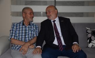 Milletvekili adayı Yelis, Kıbrıs gazisini evinde ziyaret etti