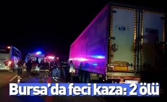 Otobanda arıza yapan yolcu otobüsüne tır arkadan çarptı: 2 ölü