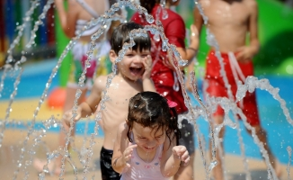 Bursa'nın ilk su oyunları parkı açıldı