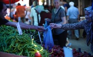 Domates, soğan ve patates fiyatları düştü, pazarda yüzler gülüyor
