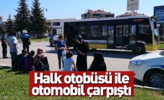 Halk otobüsü ile otomobil çarpıştı