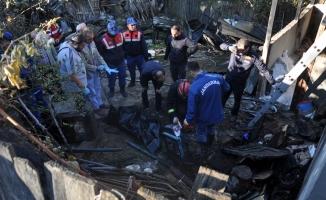 Yanlız yaşayan kadın kedileriyle birlikte evinde yanarak öldü