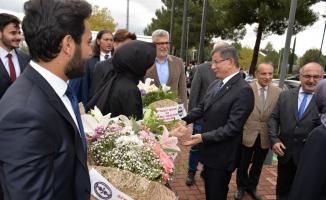 Davutoğlu'ndan Bursa'ya 'ulu şehir' övgüsü