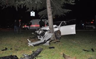 Kazada yaralanan 3 kişiye ilk müdahale İtfaiye ekiplerinden