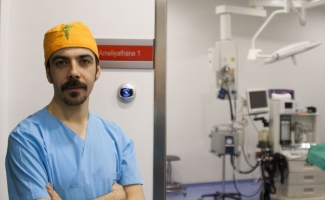 """Op. Dr. Aydın: """"Olumsuz etkileri ortadan kaldırmak içinde estetik cerrahi operasyonlar artık bir gereklilik halini aldı diyebiliriz"""""""