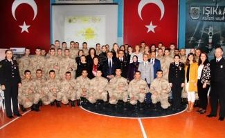 """Bursa İl Jandarma Komutanlığından """"şiddetle mücadele"""" eğitimi"""
