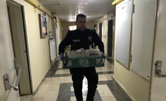 Kaçak içkileri gazinolara satamadan yakalandı