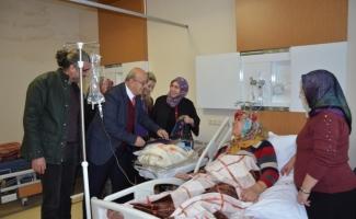 Başkan Sargın hastaları ziyaret etti