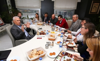 Bozbey çalışanları öğle yemeğinde ağırladı