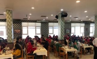 Bursaspor ve Antalyaspor taraftarlarından dostluk mesajı