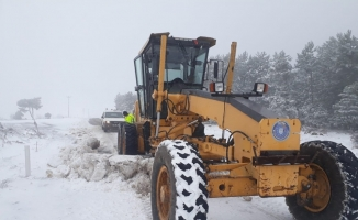 Büyükorhan'da karla mücadele
