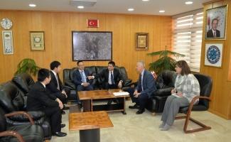 Çin başkonsolosundan Uludağ Üniversitesi'ne iş birliği ziyareti