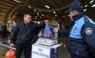Osmangazi'de pazar yerlerine tartı kontrol noktası