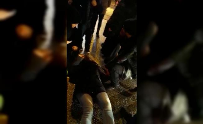 Otomobilin çarpıp kaçtığı genç kadın yaralandı