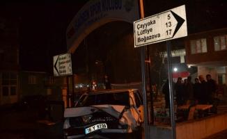 Polisten kaçtı jandarma bölgesinde kaza yaptı