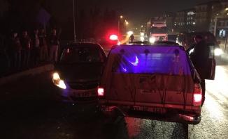 İnegöl'de zincirleme kaza: 3 araç birbirine girdi