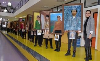 Yürüyen ve konuşan tablolar