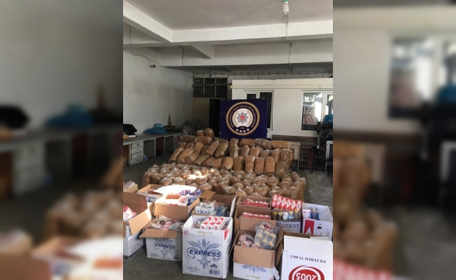 Bursa'da 70 bin liralık kaçak sigara ve tütün ele geçirildi
