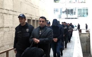 FETÖ soruşturmasında 10 kişi tutuklandı