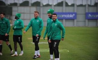 Kayseri maçı öncesi Bursasporlu futbolcuların moralleri yerinde