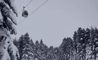 Uludağ'da kar kalınlığı 122 santime yükseldi