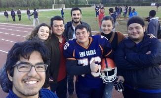 Amerikan futbolu oynarken ayağını kıran üniversiteli İnegöl'de toprağa verildi