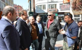 """Çavuşoğlu: """"Belediye başkanı değil gölge başkan"""""""