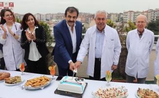 Doruk ailesi 14 Mart'ı kutladı